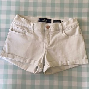 Hollister low rise shorts white size 5